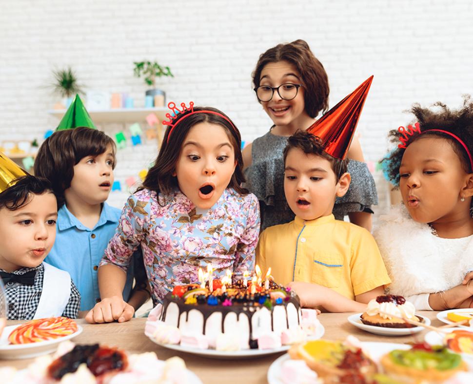 Celebra el cumpleaños con actividades de robótica en Madrid, Pozuelo, Aravaca, Majadahonda y Boadilla del Monte.